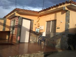 Casa En Ventaen Barquisimeto, Parroquia Tamaca, Venezuela, VE RAH: 21-6417