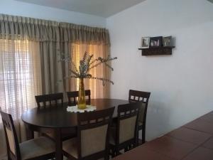 Casa En Alquileren Cabudare, El Amanecer, Venezuela, VE RAH: 21-6418