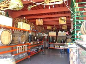 Local Comercial En Ventaen Barquisimeto, Centro, Venezuela, VE RAH: 21-6431