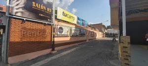 Local Comercial En Ventaen Cabudare, Centro, Venezuela, VE RAH: 21-6456