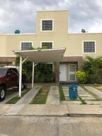 Casa En Ventaen Cabudare, Caminos De Tarabana, Venezuela, VE RAH: 21-6461