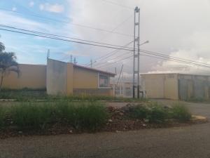 Casa En Ventaen Cabudare, La Mora, Venezuela, VE RAH: 21-6464