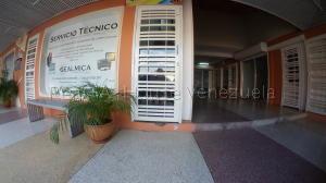 Local Comercial En Ventaen Cabudare, Centro, Venezuela, VE RAH: 21-6480