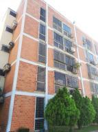 Apartamento En Ventaen Guarenas, Las Islas, Venezuela, VE RAH: 21-6484