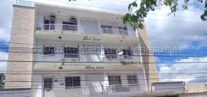 Apartamento En Ventaen Maracay, Lourdes, Venezuela, VE RAH: 21-6525