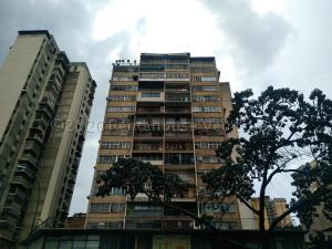 Apartamento En Ventaen Caracas, Parroquia Altagracia, Venezuela, VE RAH: 21-6550
