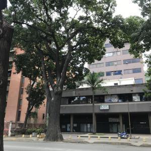 Oficina En Ventaen Caracas, El Paraiso, Venezuela, VE RAH: 21-6567