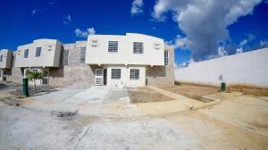 Casa En Ventaen Cabudare, La Mata, Venezuela, VE RAH: 21-6580