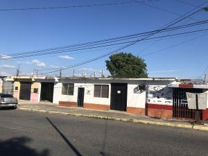 Casa En Ventaen Barquisimeto, Zona Este, Venezuela, VE RAH: 21-6583