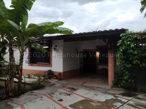 Casa En Ventaen Maracay, El Limon, Venezuela, VE RAH: 21-7821