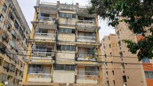 Apartamento En Ventaen Valencia, El Viñedo, Venezuela, VE RAH: 21-6602