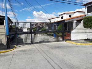 Casa En Ventaen Cabudare, Villa Roca, Venezuela, VE RAH: 21-6664