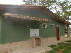 Casa En Ventaen Municipio Montalban, Aguirre, Venezuela, VE RAH: 21-6680