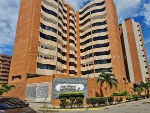 Apartamento En Ventaen Lecheria, Calle Arismendi, Venezuela, VE RAH: 21-6862