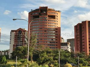 Apartamento En Ventaen Valencia, Los Mangos, Venezuela, VE RAH: 21-6791