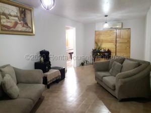 Apartamento En Ventaen Coro, Centro, Venezuela, VE RAH: 21-6712