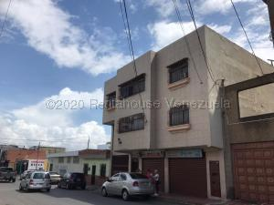 Edificio En Ventaen Barquisimeto, Centro, Venezuela, VE RAH: 21-6714