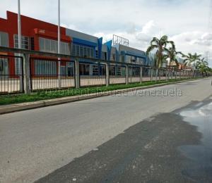 Local Comercial En Ventaen Municipio San Diego, Castillito, Venezuela, VE RAH: 21-6727