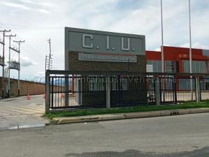 Local Comercial En Alquileren Municipio San Diego, Castillito, Venezuela, VE RAH: 21-6740