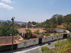 Casa En Ventaen San Antonio De Los Altos, Potrerito, Venezuela, VE RAH: 21-6770