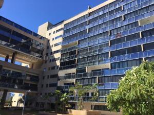 Apartamento En Ventaen Margarita, Porlamar, Venezuela, VE RAH: 21-7015