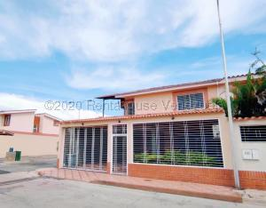 Casa En Ventaen Maracay, Los Girasoles, Venezuela, VE RAH: 21-6788