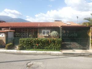 Casa En Ventaen Guatire, El Castillejo, Venezuela, VE RAH: 21-6908