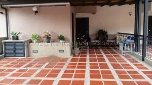 Townhouse En Ventaen Municipio Naguanagua, Tazajal, Venezuela, VE RAH: 21-6889