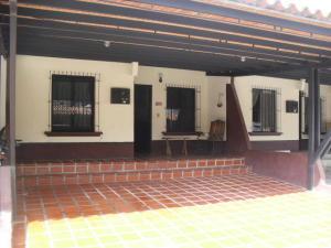 Casa En Ventaen Cabudare, Parroquia José Gregorio, Venezuela, VE RAH: 21-6830