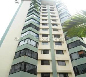 Apartamento En Alquileren Valencia, Valles De Camoruco, Venezuela, VE RAH: 21-6854