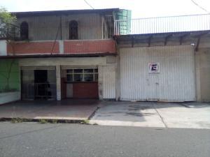 Local Comercial En Ventaen Acarigua, Centro, Venezuela, VE RAH: 21-6856