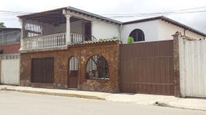 Casa En Ventaen Barquisimeto, Parroquia Juan De Villegas, Venezuela, VE RAH: 21-6861