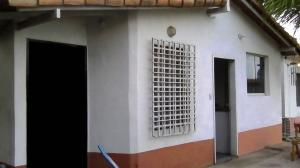 Casa En Ventaen Cabudare, Parroquia Agua Viva, Venezuela, VE RAH: 21-6865