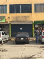 Local Comercial En Ventaen Cabudare, Centro, Venezuela, VE RAH: 21-6866