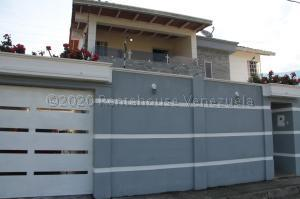 Casa En Ventaen Bocono, Centro, Venezuela, VE RAH: 21-6877