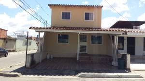 Casa En Ventaen Cabudare, Parroquia José Gregorio, Venezuela, VE RAH: 21-6878