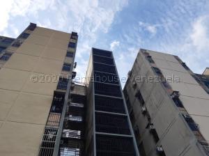 Apartamento En Ventaen Valencia, Parque Valencia, Venezuela, VE RAH: 21-6929
