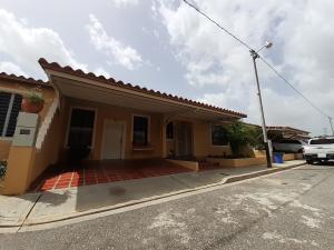 Casa En Ventaen Cabudare, Trigalena, Venezuela, VE RAH: 21-6923
