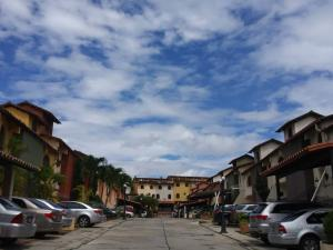 Casa En Alquileren Barquisimeto, Los Cardones, Venezuela, VE RAH: 21-6938