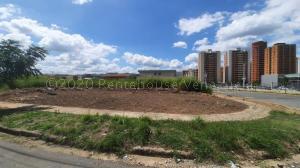 Terreno En Ventaen Municipio Naguanagua, Ciudad Jardin Manongo, Venezuela, VE RAH: 21-6962