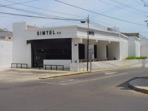 Local Comercial En Ventaen Maracaibo, Valle Frio, Venezuela, VE RAH: 21-6972