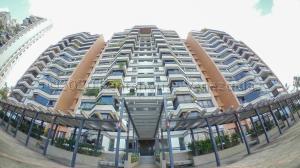 Apartamento En Ventaen Caracas, Los Naranjos Del Cafetal, Venezuela, VE RAH: 21-7080