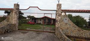 Casa En Ventaen Acarigua, Centro, Venezuela, VE RAH: 21-7169