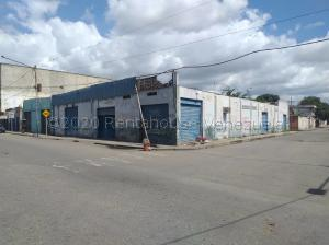 Galpon - Deposito En Ventaen Barquisimeto, Parroquia Catedral, Venezuela, VE RAH: 21-7041