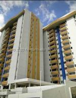 Apartamento En Ventaen Caracas, Lomas Del Avila, Venezuela, VE RAH: 21-7227