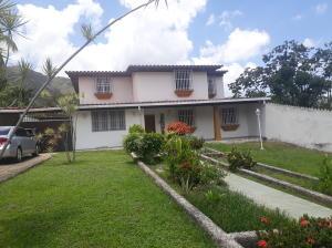 Casa En Ventaen Maracay, El Castaño (Zona Privada), Venezuela, VE RAH: 21-7093
