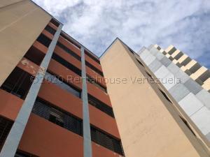 Apartamento En Ventaen Valencia, Las Chimeneas, Venezuela, VE RAH: 21-7134