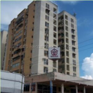 Apartamento En Ventaen Charallave, Centro De Charallave, Venezuela, VE RAH: 21-7163