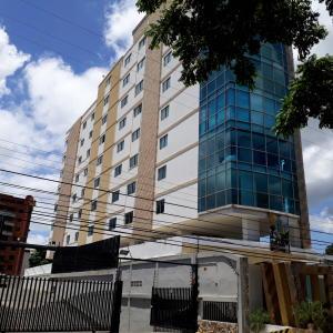 Oficina En Ventaen Maracay, La Arboleda, Venezuela, VE RAH: 21-7174