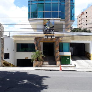 Oficina En Ventaen Maracay, La Arboleda, Venezuela, VE RAH: 21-7176